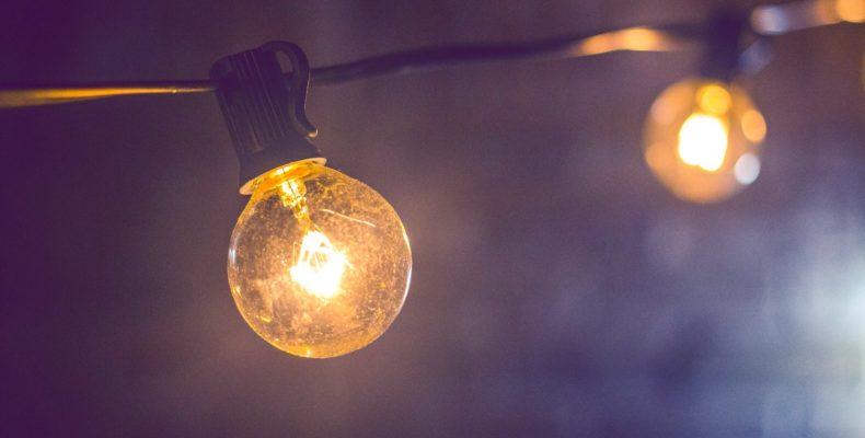 Enfraquecimento das lâmpadas ao ligar o chuveiro elétrico