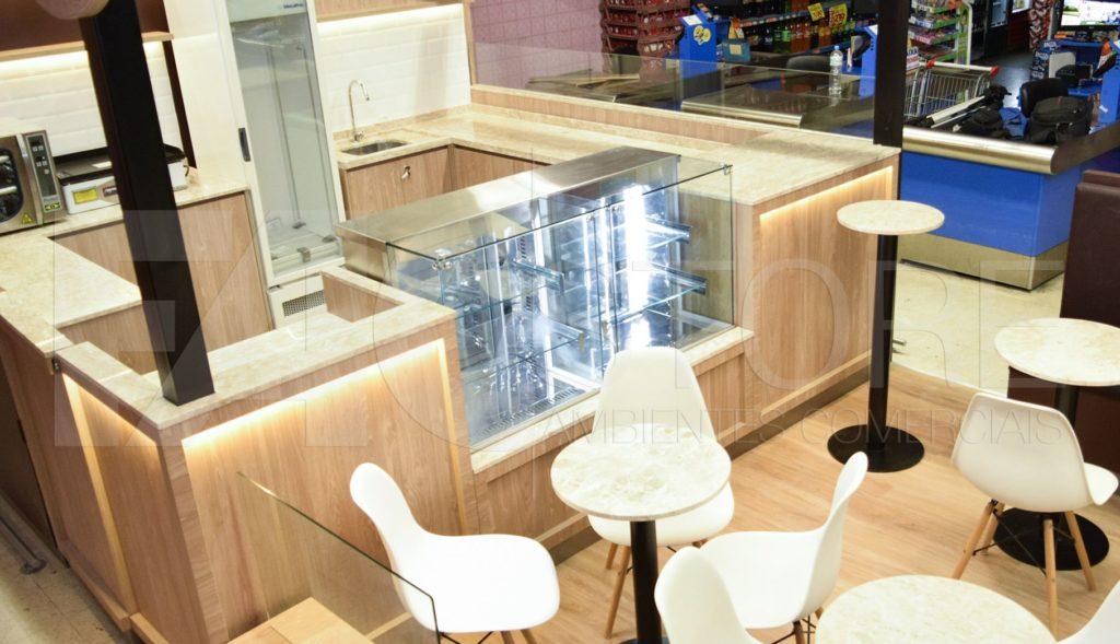 Iluminação de um Quiosque Exemplo com Fitas de LED