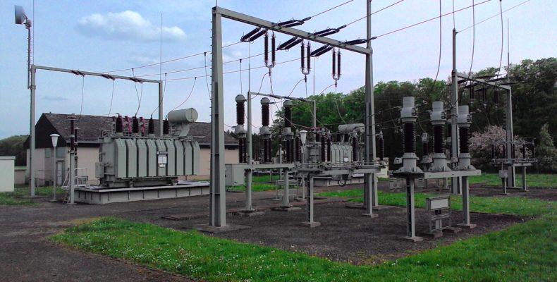 subestações e linhas de transmissão ao ar livre
